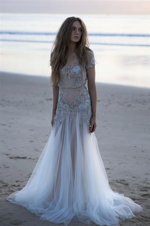 41b0d8240e8 Как нельзя лучше это можно подчеркнуть в свадебном платье